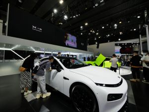 China's auto industry gearing up to 'go global'