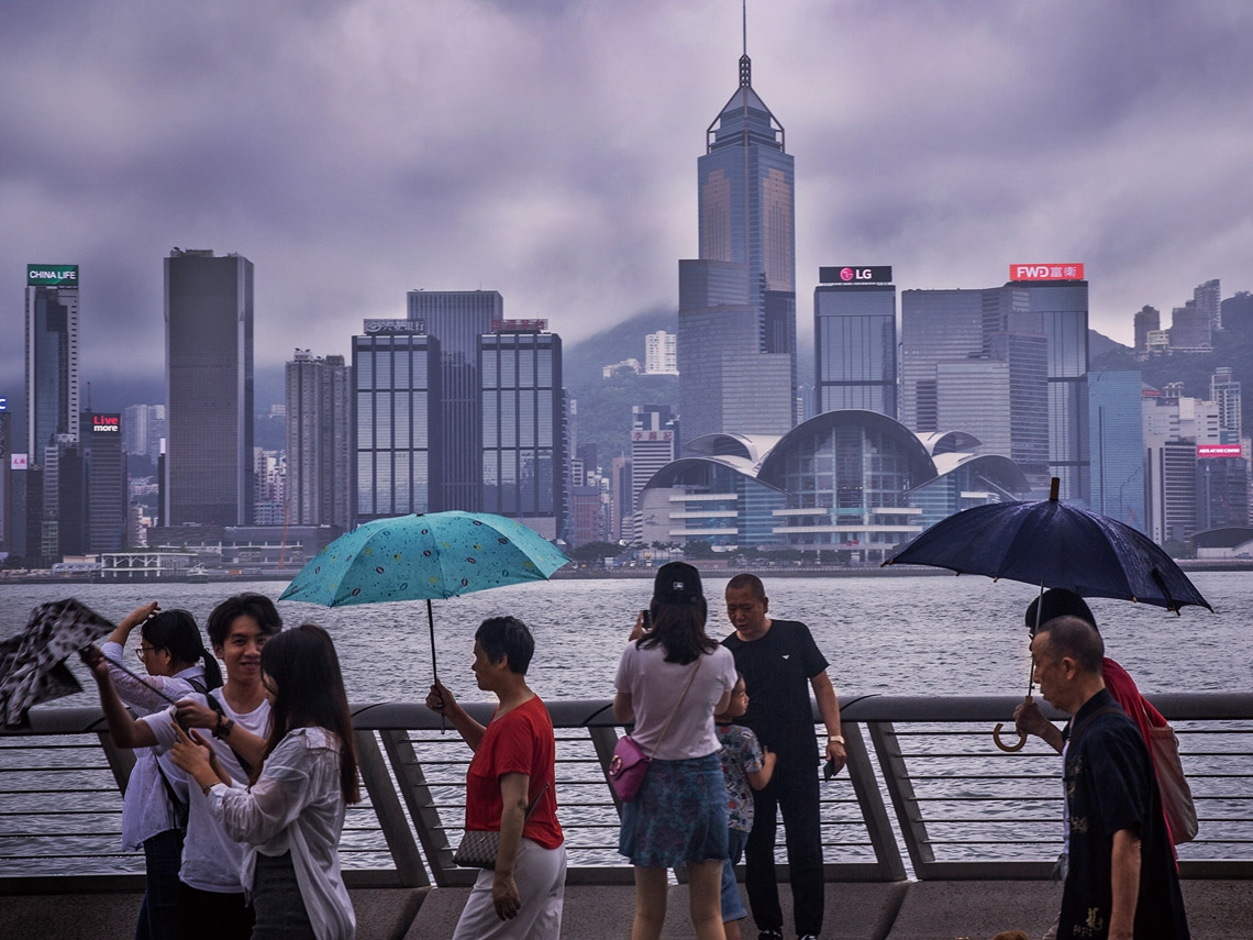 Hong Kong: The high risk and cost of 'zero Covid' policies