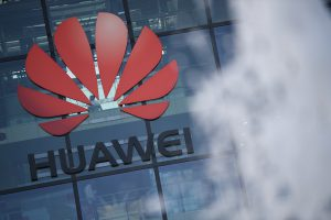 US Urged to Cut Off Huawei and ZTE From $1.9 Trillion Rescue Fund