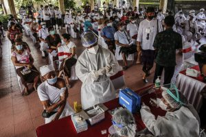 Indonesia eyeing strong rebound as mass vaccination plan starts