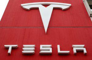 Tesla Joins $1 Trillion Club On Record Hertz Order