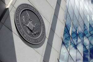US Regulator Clamps Down on Chinese IPOs Over Risk Disclosures