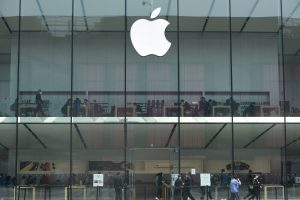 Apple Said to Work With Chinese Suppliers for Latest iPhones