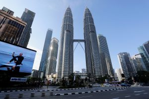 Malaysia Pledges Big Spending, Green Goals in Five-Year Economic Plan